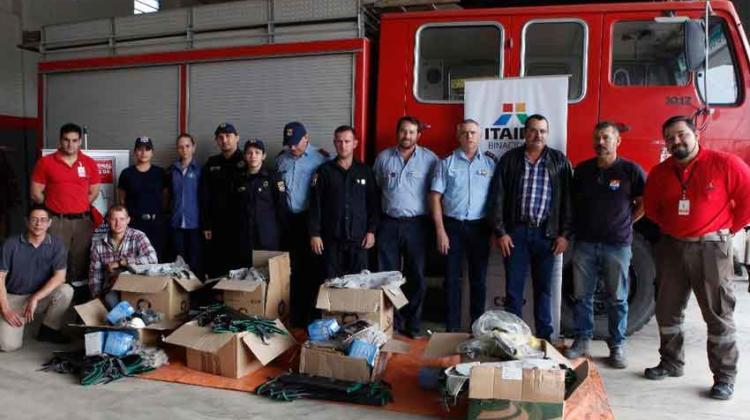 Bomberos del Chaco recibieron equipos para combatir incendios