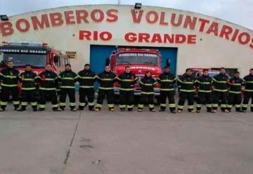 Trajes estructurales y botas para Bomberos de Río Grande