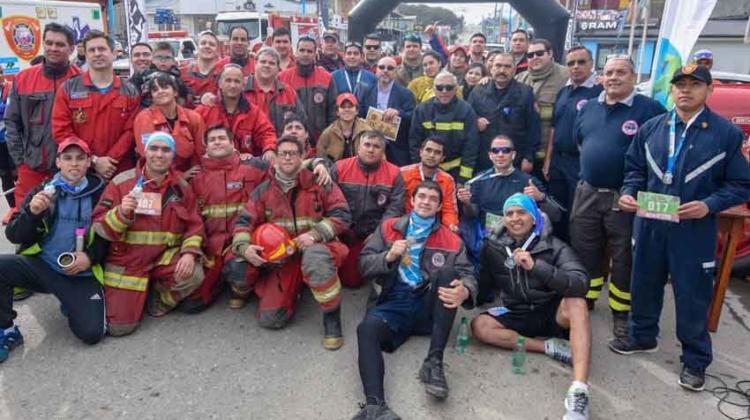 Se realizó la maratón de Bomberos del Fin del Mundo