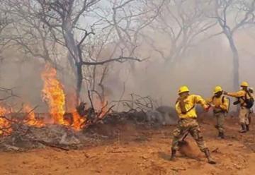 Tres bomberos que combatían los incendios forestales mueren ahogados