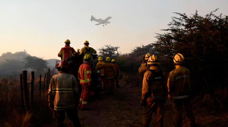 Fuego incontrolable en Salsacate y en Las Palmas