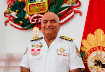 Nuevo Comandante Gral. de Bomberos Voluntarios del Perú