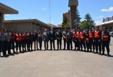 Reconocimiento a bomberos que viajaron a Bolivia