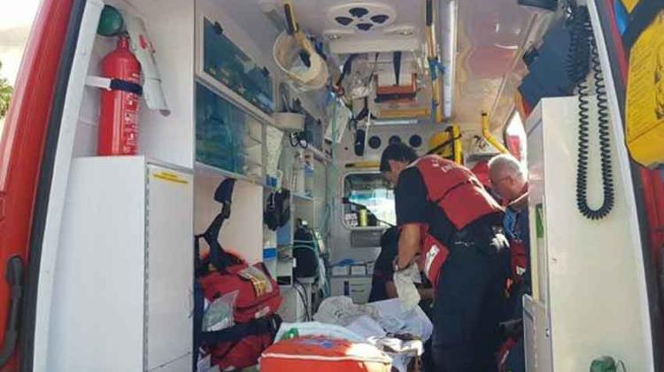 Un bombero herido por una explosión en incendio en polígono