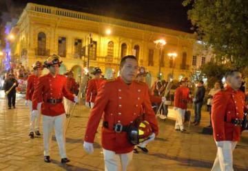 Bomberos de Cuenca celebran su aniversario 74