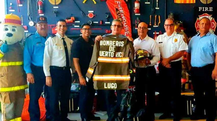 Bomberos de Puerto Rico reciben donaciones de equipo