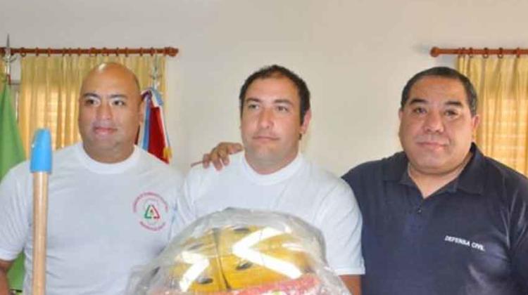 El Gobierno Provincial entregó equipamiento a cuarteles de Bomberos