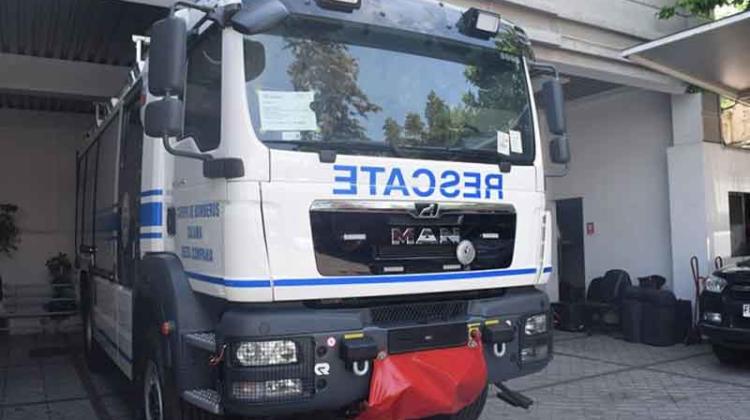 Bomberos de Calama recibieron nuevo carro bomba