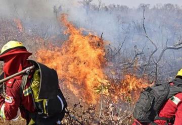 Nuevo grupo de bomberos Voluntarios en Tarija