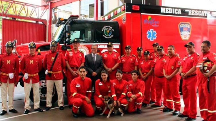 Municipalidad de Miraflores entregó moderna unidad médica a Bomberos