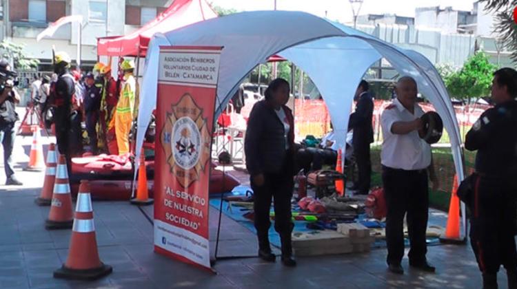 Muestra de equipamiento de Bomberos Voluntarios de Catamarca