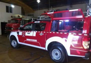 Bomberos voluntarios presentaron nuevo equipamiento