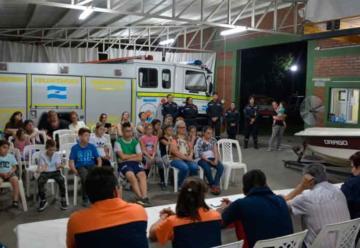 Se creó la Escuela de Cadetes de Bomberos Voluntarios «Mi-Nes»