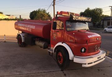 Venta de camión cisterna – Mercedes Benz