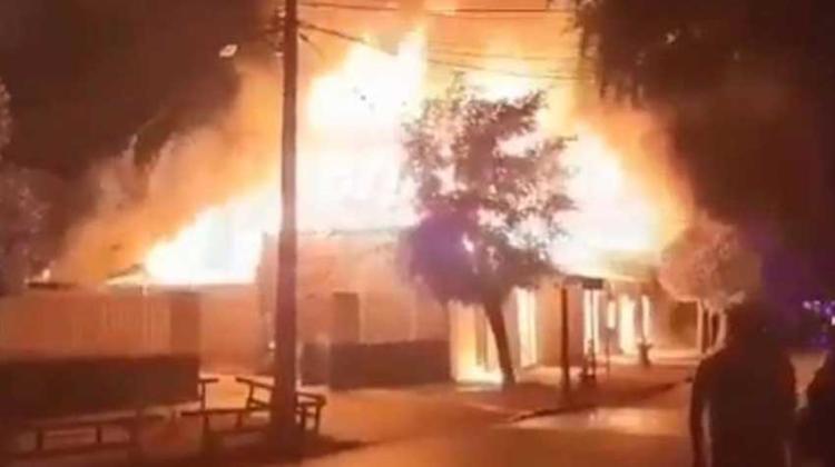 Incendio afecta a tres viviendas en la comuna de Doñihue