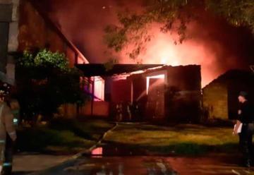 Incendio de depósito deja millonaria pérdida en Asunción