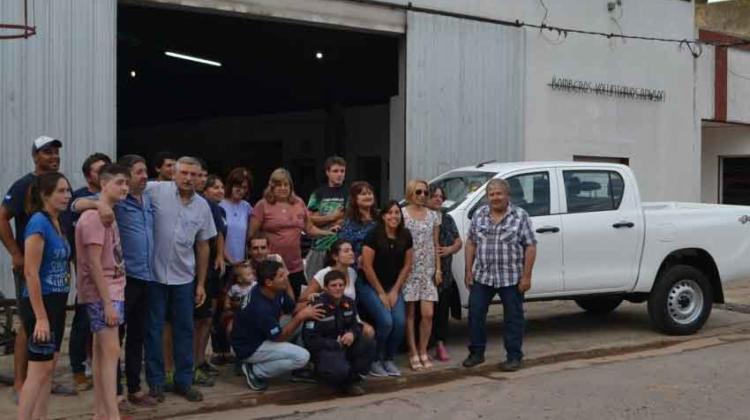 Bomberos de Rawson adquirió una camioneta 0km