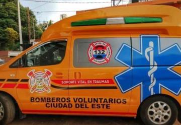 Bomberos Voluntarios de CDE con nueva ambulancia