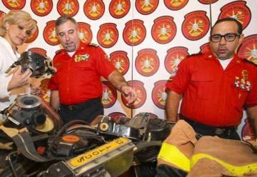 Llegaron equipos para los bomberos de Guayaquil