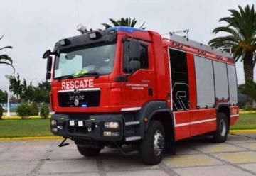 Castro y Los Muermos reciben nuevos carros de rescate