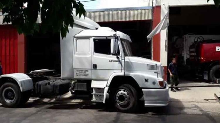 La Justicia hizo entrega de un camión al Cuerpo de Bomberos