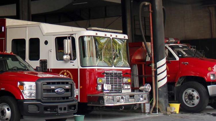 Reportan como inservibles unidades de bomberos