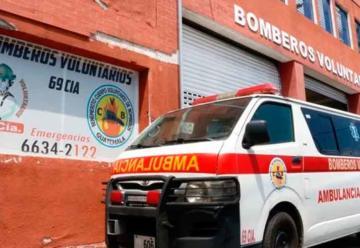 Dos bomberos quedan en cuarentena tras muerte de dos extranjeros
