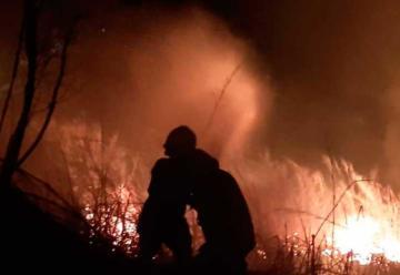 Dos bomberos heridos dejó incendio en el oeste de Cali