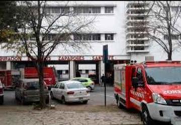 Se encuentra aislado el edificio de los bomberos zapadores