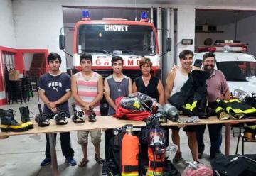 Bomberos Voluntarios de Chovet con nuevos elementos