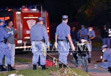 Choque fatal entre un camión de bomberos y una moto