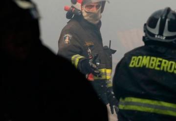 Tres bomberos fueron golpeados por mujer tras concurrir a llamado