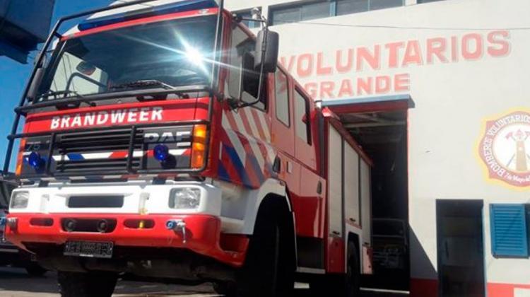 Bomberos María Grande sumó una nueva autobomba