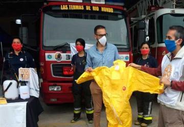 Rotary Club entregó ayuda para los Bomberos de Las Termas