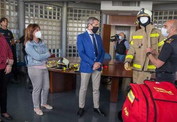 Nuevos trajes de protección para los Bomberos de Granada