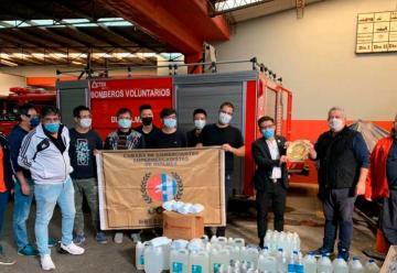 Supermercadistas realizaron donativo a los Bomberos de Quilmes
