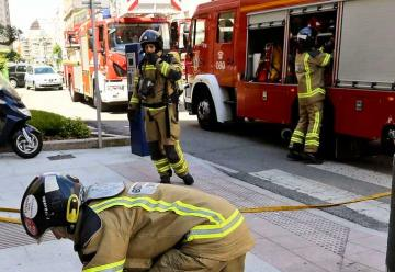 Las quemaduras de un bombero cuestionan la calidad de los epis