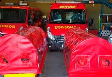 Bomberos de Arroyo Cabral adquirió dos cápsulas sanitarias