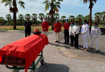 Bomberos de Guayaquil lloran la partida de ocho integrantes