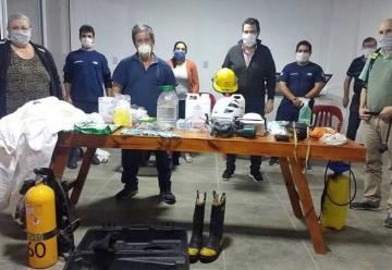 Bomberos presentaron equipos para actuar en la emergencia sanitaria