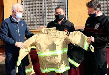 Bomberos de Temuco adquirió 139 uniformes de trabajo
