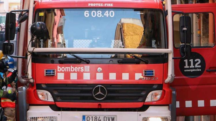 Roban material del camión de bomberos de una escuela de Emergencias