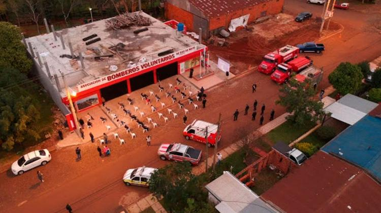 Bomberos Voluntarios de Dos de Mayo inauguraron su nuevo cuartel