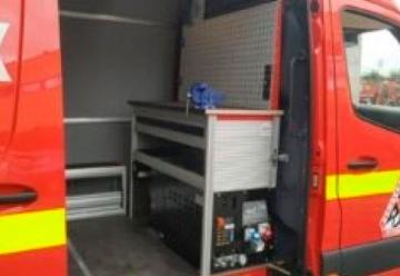 Bomberos de Vitoria incorporan un nuevo vehículo taller