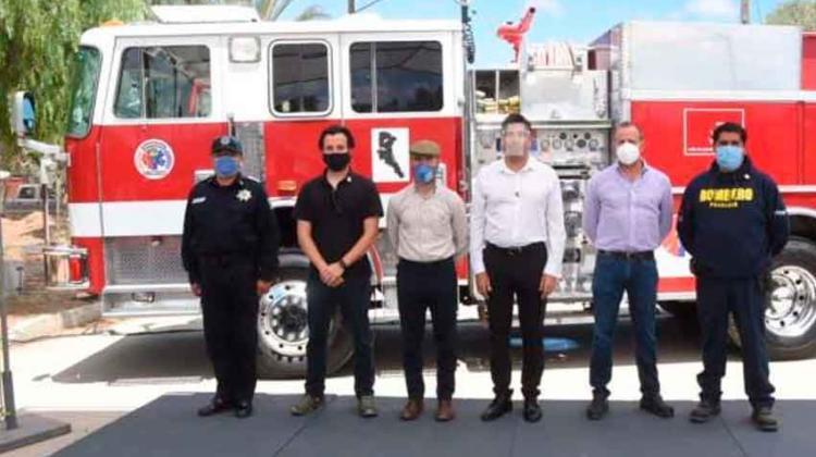 Recibió Ayala maquinaria y equipo para bomberos