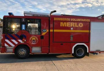 Nuevo autobomba para los Bomberos Voluntarios de Merlo