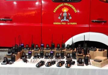 Bomberos realizó la compra de equipos de comunicaciones