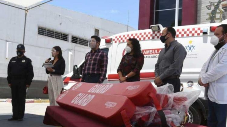 Bomberos Reciben Segunda Ambulancia
