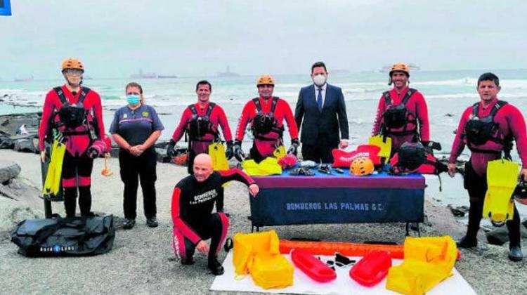 Bomberos incorporan 21 nuevos equipos de rescate acuático