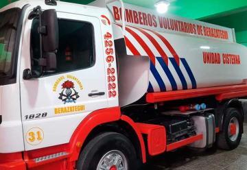 Nueva Unidad Cisterna para Bomberos de Berazategui